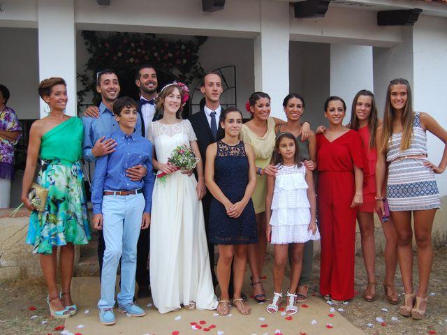 La boda de Carlos  y Andrea  en Serradilla, Cáceres 17