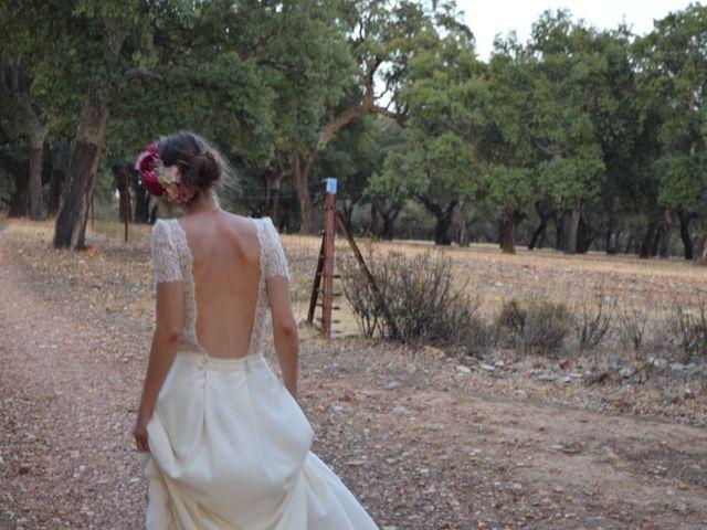 La boda de Carlos  y Andrea  en Serradilla, Cáceres 36