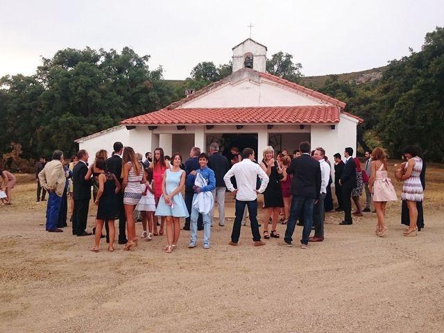 La boda de Carlos  y Andrea  en Serradilla, Cáceres 18