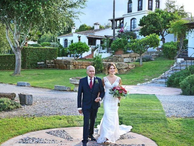 La boda de Yves y Sabrina en Alhaurin De La Torre, Málaga 11