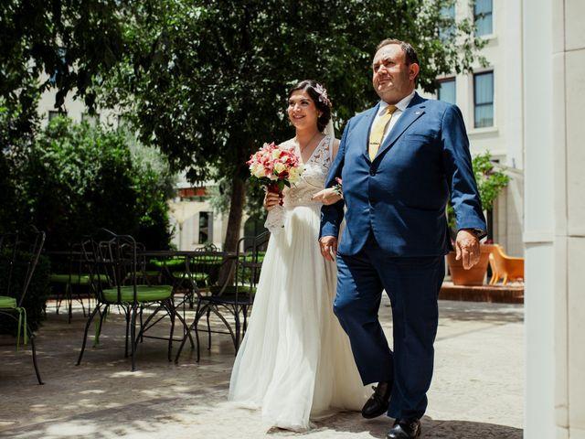 La boda de Álex y Pilar en Valencia, Valencia 22