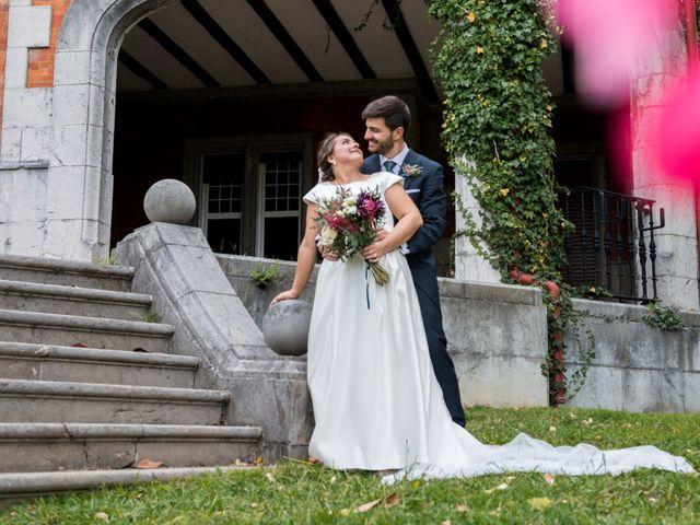 La boda de Víctor y Sandra en Getxo, Vizcaya 21