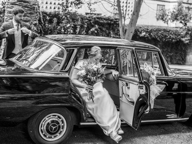 La boda de Víctor y Sandra en Getxo, Vizcaya 26