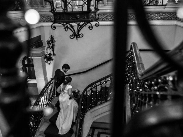 La boda de Víctor y Sandra en Getxo, Vizcaya 30