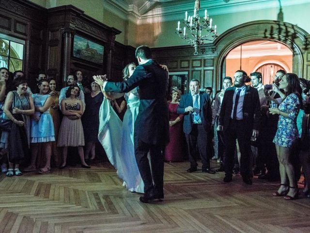 La boda de Víctor y Sandra en Getxo, Vizcaya 32
