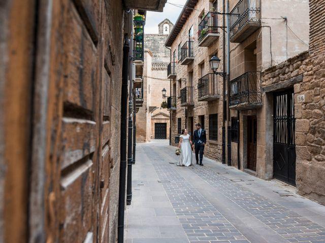 La boda de Víctor y Sandra en Getxo, Vizcaya 40