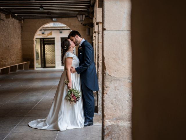 La boda de Víctor y Sandra en Getxo, Vizcaya 41