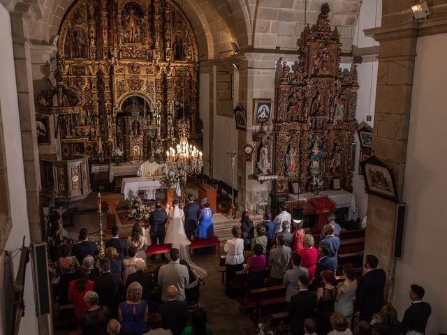 La boda de Jonatan y Tania en Outes, A Coruña 35