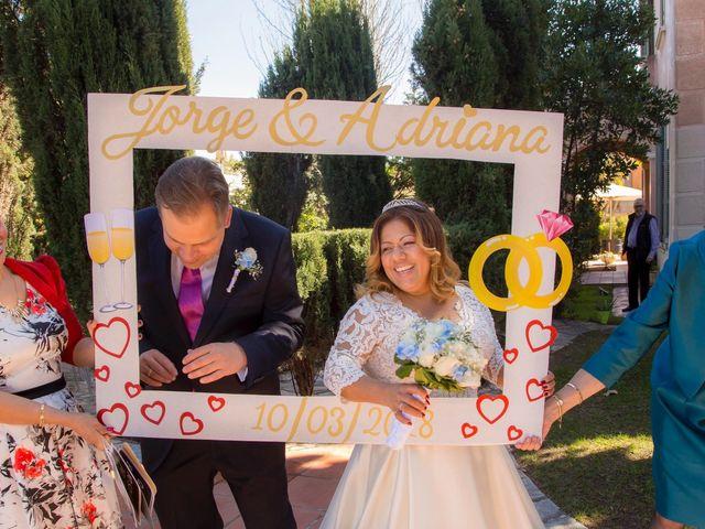 La boda de Jordi  y Adriana  en Sant Feliu De Llobregat, Barcelona 16