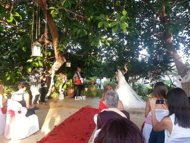 La boda de Carlos y Itziar en Alacant/alicante, Alicante 1