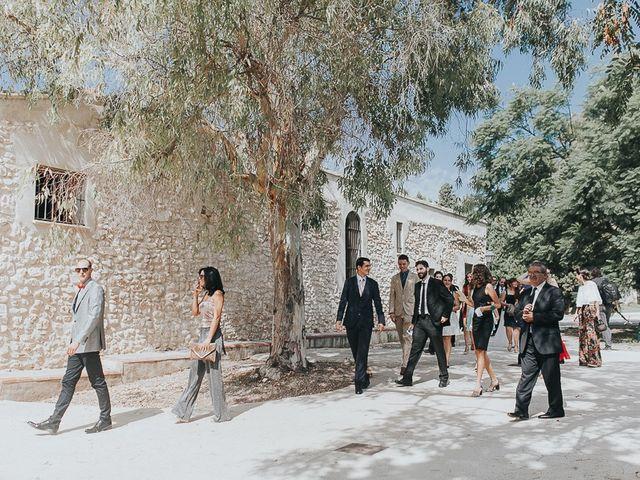 La boda de José y María en Valencia, Valencia 25