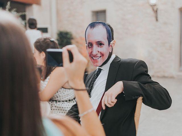 La boda de José y María en Valencia, Valencia 32