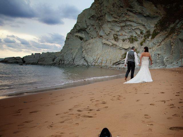 La boda de Edorta y Elizabeth en Forua, Vizcaya 14