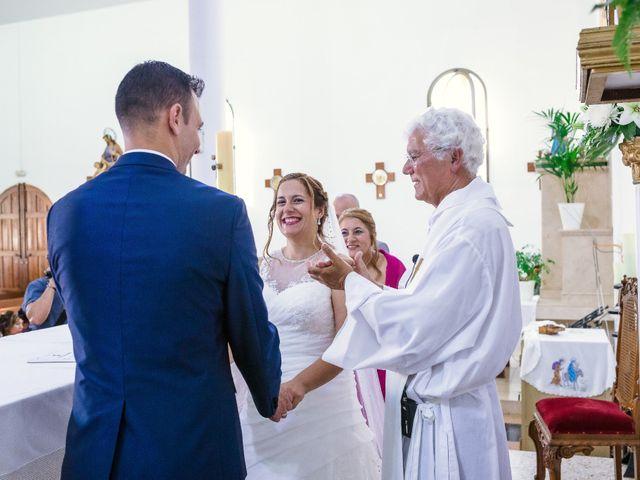 La boda de Manuel y Georgina en Telde, Las Palmas 29