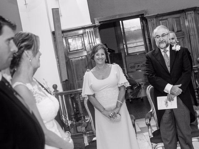 La boda de Carlos y Esther en Madrid, Madrid 21