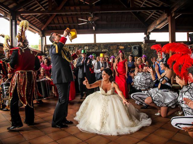 La boda de Mario y Mireia en La Orotava, Santa Cruz de Tenerife 32