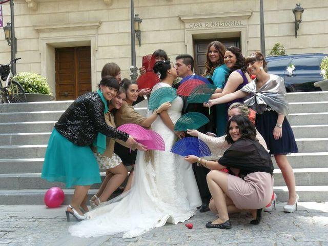 La boda de Alberto y Estela en Tudela, Navarra 13
