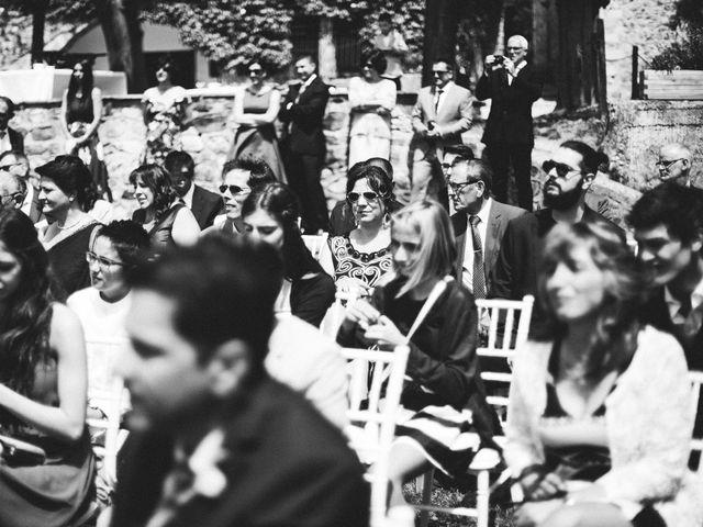 La boda de Dani y Aida en Besalu, Girona 23