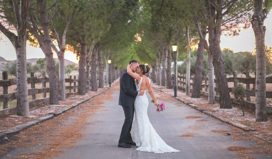 La boda de Ivan y Ana en Yecla, Murcia