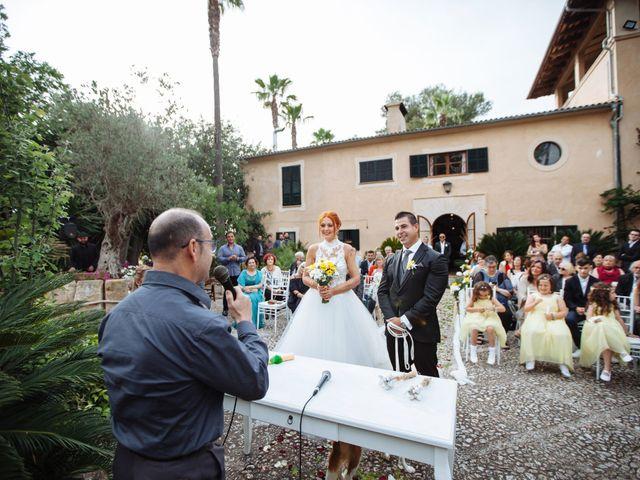 La boda de Alex y Raquel en Llubí, Islas Baleares 24