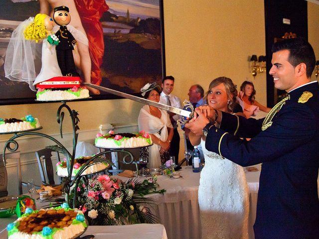 La boda de Miguel Ángel y Isabel en Mancha Real, Jaén 16