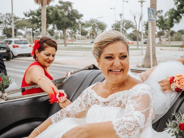 La boda de Mari Ángeles y Juan Carlos en Almería, Almería 11