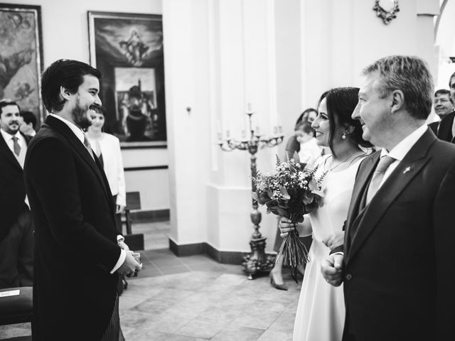 La boda de Pedro y Lucía en Madrid, Madrid 29