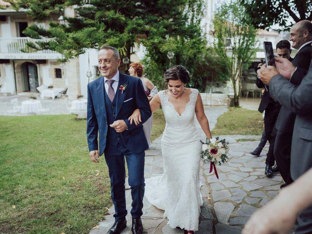 La boda de Iker y Lorena en Arnuero, Cantabria 31