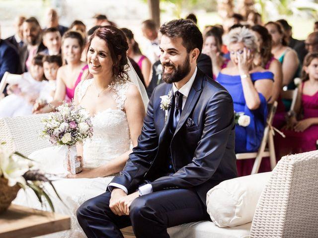 La boda de Albert y Sara en Sant Vicenç De Montalt, Barcelona 21