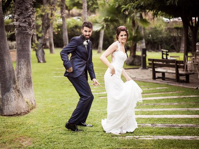 La boda de Albert y Sara en Sant Vicenç De Montalt, Barcelona 28