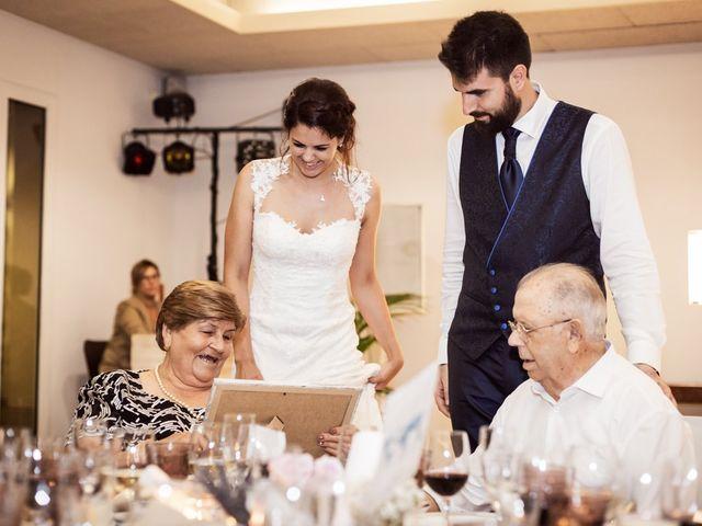 La boda de Albert y Sara en Sant Vicenç De Montalt, Barcelona 33