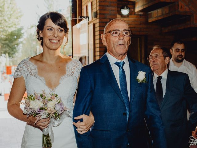 La boda de Javi y Lorena en Alcalá De Henares, Madrid 33