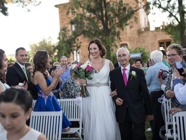La boda de Jose y Maite en Castelló/castellón De La Plana, Castellón 35