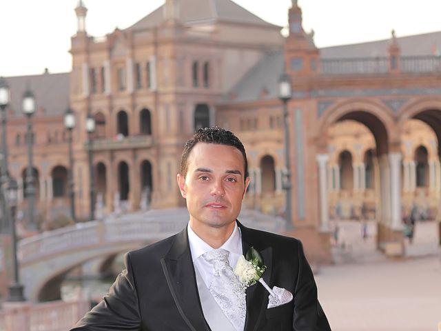 La boda de Antonio y Tamara en Santiponce, Sevilla 17