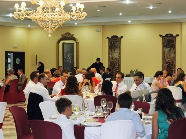 La boda de Antonio y Tamara en Santiponce, Sevilla 23