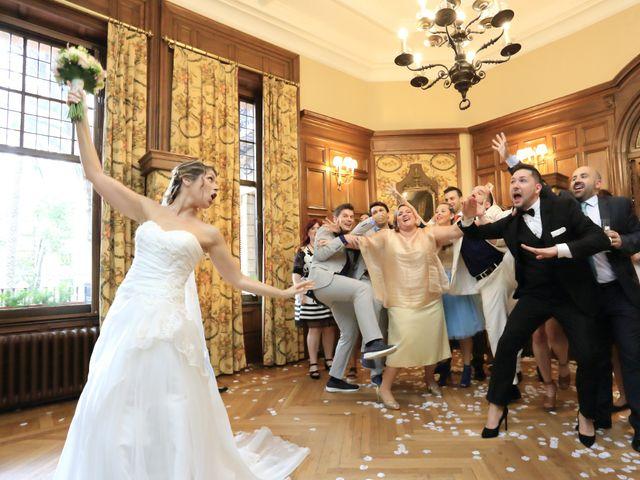 La boda de Aitor y Eva en Bilbao, Vizcaya 12