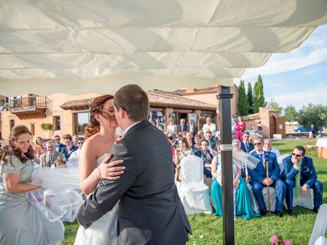 La boda de Gerardo y Melissa en Tiedra, Valladolid 13