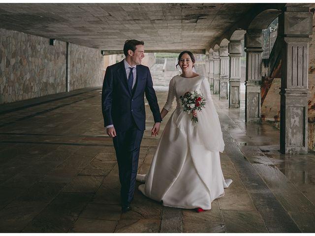 La boda de Eneko y Alba en Zarautz, Guipúzcoa 27