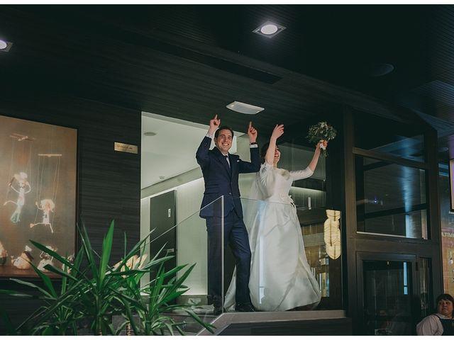 La boda de Eneko y Alba en Zarautz, Guipúzcoa 36