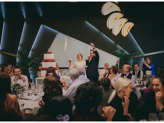 La boda de Eneko y Alba en Zarautz, Guipúzcoa 38