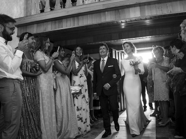 La boda de Andy y Shaila en Bergantiños, A Coruña 16