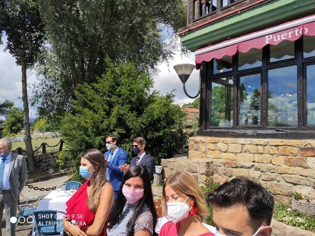 La boda de Aitor y Cristina en La Poblacion De Yuso, Cantabria 5