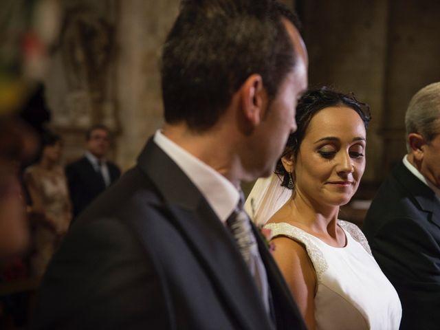 La boda de David y Lorena en Barbastro, Huesca 10