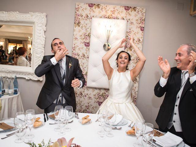 La boda de David y Lorena en Barbastro, Huesca 15