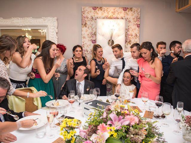 La boda de David y Lorena en Barbastro, Huesca 18