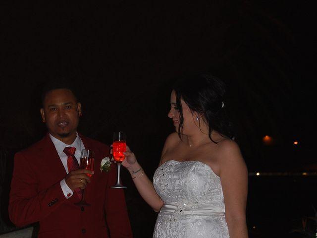 La boda de walla y vanesa en Santa Cruz De Tenerife, Santa Cruz de Tenerife 41