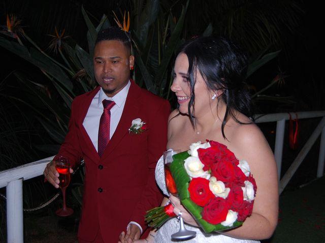 La boda de walla y vanesa en Santa Cruz De Tenerife, Santa Cruz de Tenerife 2