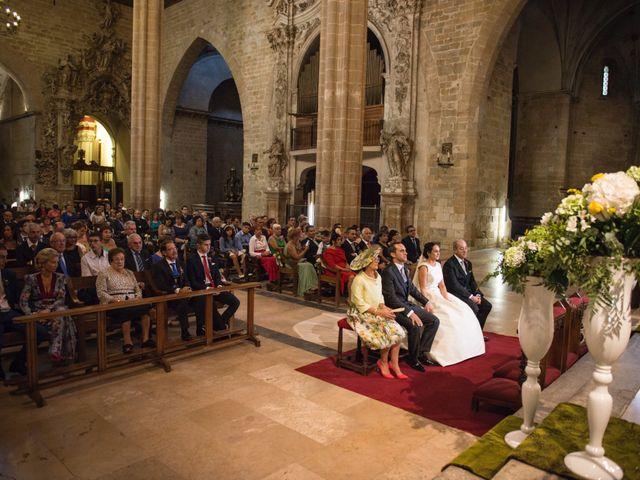 La boda de David y Lorena en Barbastro, Huesca 8