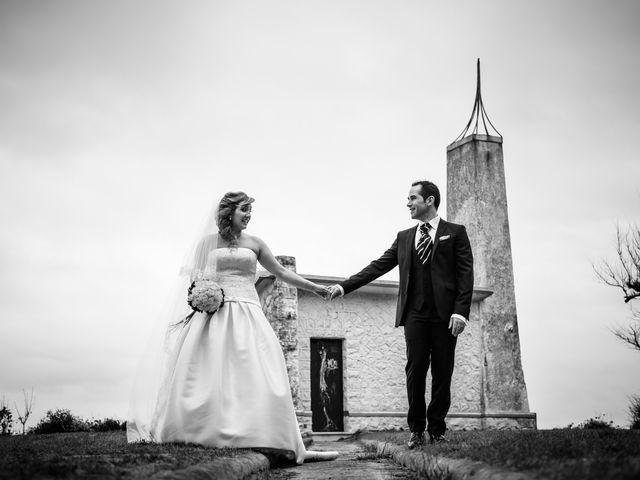 La boda de Andrés y Laura en Santander, Cantabria 25