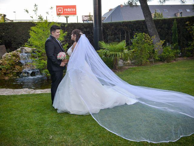 La boda de Alejandro y Miriam en Las Rozas De Madrid, Madrid 2